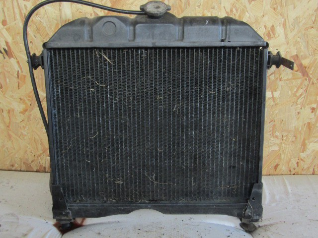 Mercedes-Benz radiator 508/608